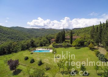 Thumbnail 5 bed country house for sale in Italy, Tuscany, Arezzo.