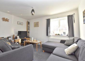 Thumbnail 2 bedroom maisonette for sale in Whittaker Drive, Horley, Surrey
