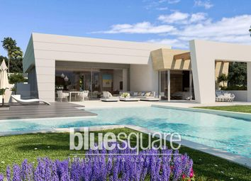 Thumbnail 4 bed property for sale in Marbella, Andalucia, 29600, Spain
