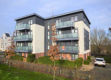 2 bed flat for sale in Campion Close, Ashford, Kent TN25