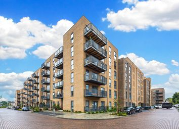 Thumbnail 1 bedroom flat for sale in Lambourne House, Apple Yard, Anerley