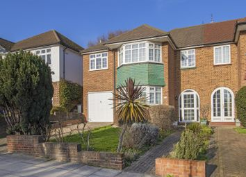 4 bed property for sale in Prince George Avenue, London N14