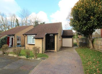 Thumbnail 2 bed bungalow to rent in Alterton Close, Horsell, Woking
