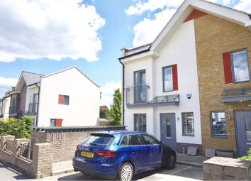 Thumbnail 4 bed end terrace house to rent in Victoria Road, Barnet