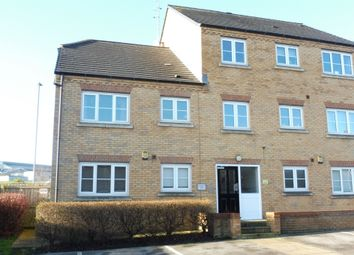Thumbnail 2 bedroom flat for sale in Broadlands Court, Pudsey