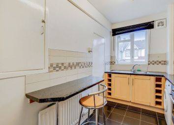 2 bed flat for sale in Beechcroft Close, Valley Road, London SW16