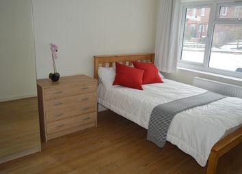 Thumbnail Room to rent in Charlton Lane, London