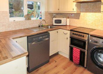 2 bed flat to rent in Ramleaze Drive, Salisbury SP2