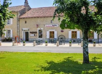 Thumbnail Pub/bar for sale in Civray, Vienne, France