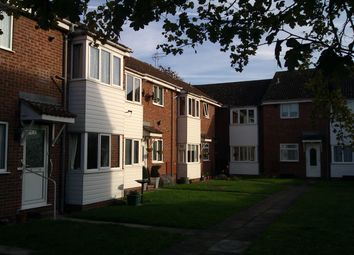 Thumbnail 2 bed flat to rent in Hourne Court, Hessle
