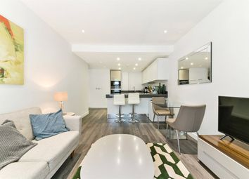 1 bed property to rent in Catalina House, Goodman's Fields, Aldgate, London E1