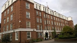 Thumbnail 1 bed flat to rent in Caple House, Kings Road, Chelsea, London