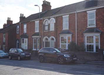 Thumbnail 3 bed terraced house for sale in Newbridge Hill, Louth