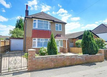 Thumbnail 3 bedroom detached house for sale in Ivy House Road, Ickenham