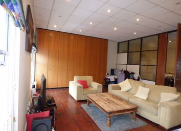 2 bed flat to rent in The Apartment, Wellington Street NG10