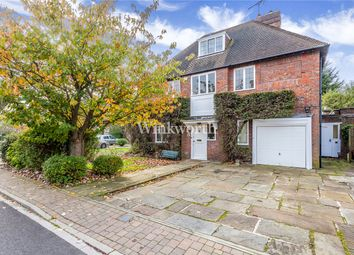 Thumbnail 5 bed detached house to rent in Turner Close, London