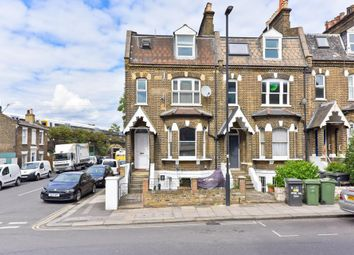 Thumbnail 3 bedroom flat for sale in Herne Hill Road, London