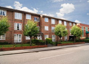 1 bed flat for sale in Langdale Court, Ilford IG1