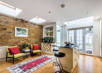 Thumbnail 4 bedroom flat to rent in Bronsart Road, London