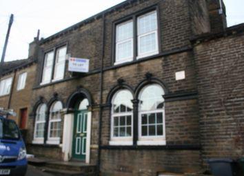 Thumbnail 2 bed flat to rent in Stott Terrace, Bradford