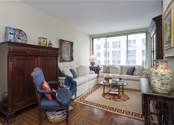 Thumbnail 1 bed apartment for sale in 200 Riverside Boulevard, New York, New York State, United States Of America