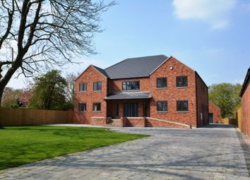 Thumbnail 5 bed detached house for sale in 14 School Lane, North Scarle, Lincolnshire