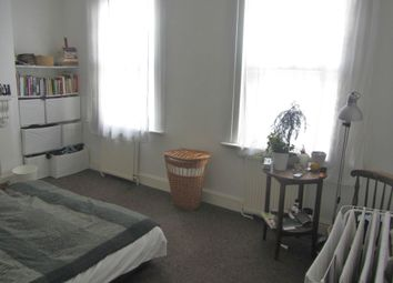 Thumbnail 4 bed terraced house to rent in Glyn Road, Hackney