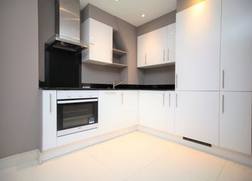 Thumbnail 2 bed flat to rent in Brent Street, Hendon