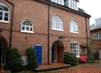 Thumbnail Office to let in Overcroft House, Badminton Court, Church Street, Amersham, Buckinghamshire