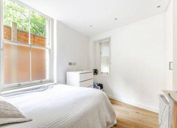 Redfield Lane, Earls Court, London SW5. 3 bed flat
