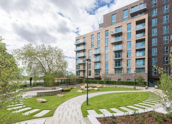 Thumbnail 1 bed flat for sale in Woodberry Down, Phase 2, Block B, Woodberry Down, Finsbury Park