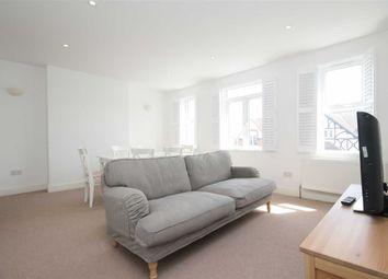 Thumbnail 3 bed flat to rent in Replingham Road, London