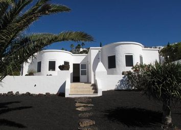 Thumbnail Villa for sale in Calle De Las Andorinas, Oasis De Nazaret, Lanzarote, 35539, Spain