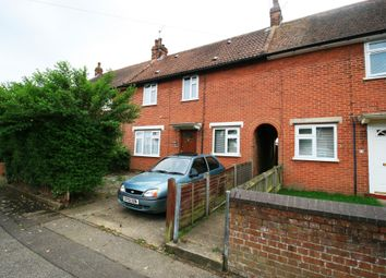 Thumbnail 3 bed property to rent in Speedwell Road, Colchester