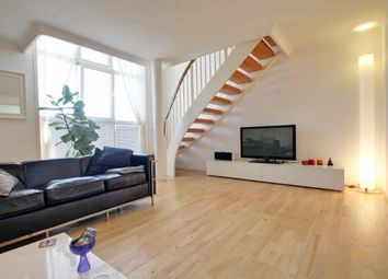 2 bed maisonette to rent in Queen Of Denmark Court, Surrey Quays SE16