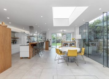 Thumbnail 5 bed property for sale in Kings Road, London