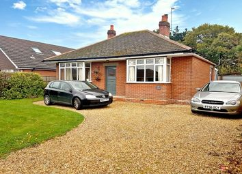 Thumbnail 3 bed bungalow to rent in Oak Road, Dibden Purlieu, Southampton