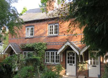 Thumbnail 2 bed cottage to rent in Church Walk, Wellesbourne, Warwick