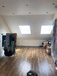 Thumbnail 2 bed flat to rent in Hermon Hill, South Woodford