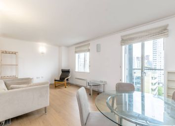 1 bed flat to rent in Hutchings Street, Docklands E14
