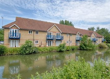 Thumbnail 2 bed flat for sale in Cambridge Road, Harlow