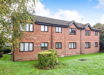 Thumbnail 1 bed flat to rent in Oakley Close, Grays