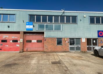 Thumbnail Warehouse to let in Stephenson Way, Crawley
