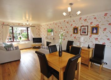 Thumbnail 3 bed town house for sale in Roundway, Honley, Holmfirth