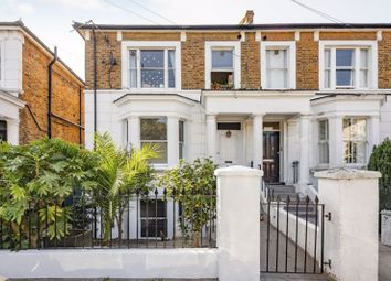 Cathnor Road, London W12. 2 bed maisonette