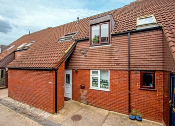 Thumbnail 2 bed flat for sale in Newgate Close, St.Albans