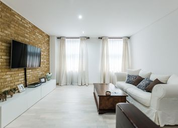 Thumbnail 2 bed flat to rent in Cock Lane, London