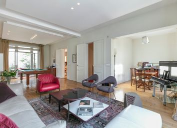 Thumbnail 5 bed property for sale in Neuilly Sur Seine, Paris, France