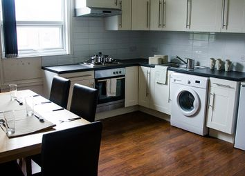 Thumbnail 4 bed flat to rent in Kelso Road, Leeds