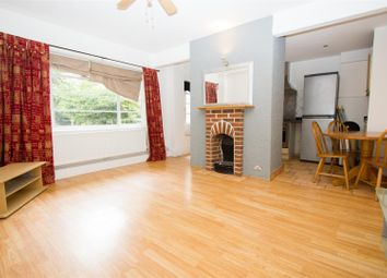 Thumbnail 2 bedroom flat for sale in Northwood Hall, Highgate